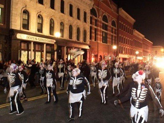 rutland_halloween_parade_2014xx